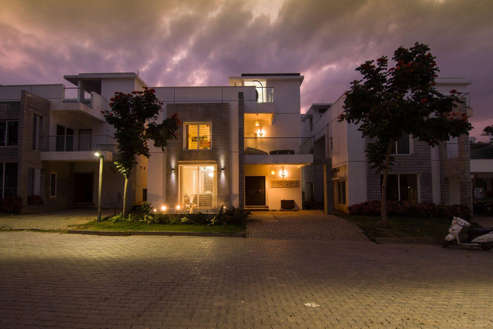 BlueJay Aster villas - Premium Luxury Villas - lightings